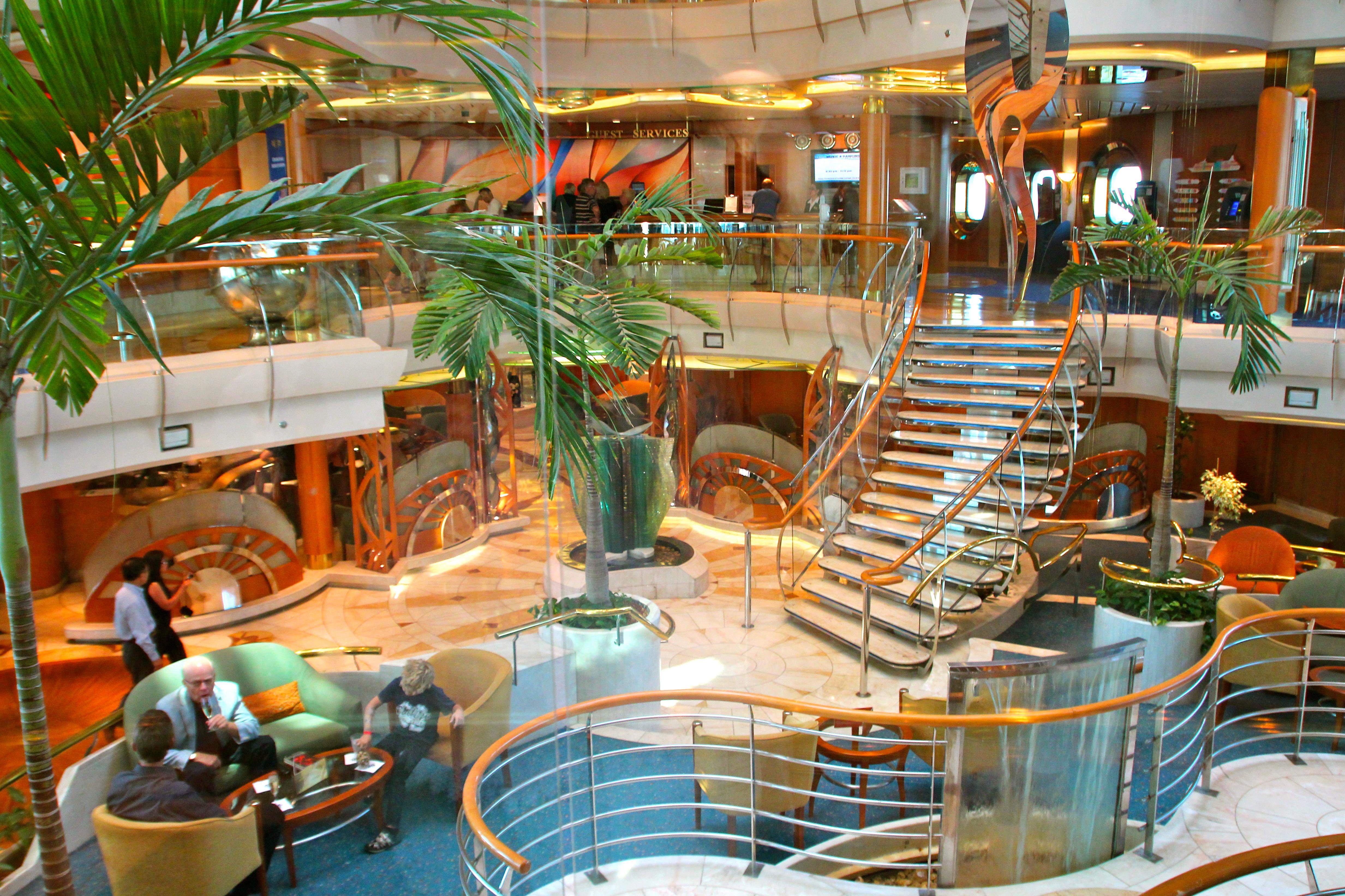 "Car Rental Under 21 >> Royal Caribbean's ""Vision of the Seas"" | Summer Setting"