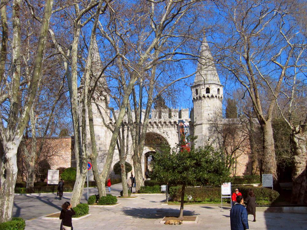 Topkapi Palace; Spoonmaker's Diamond; Top sites in ...