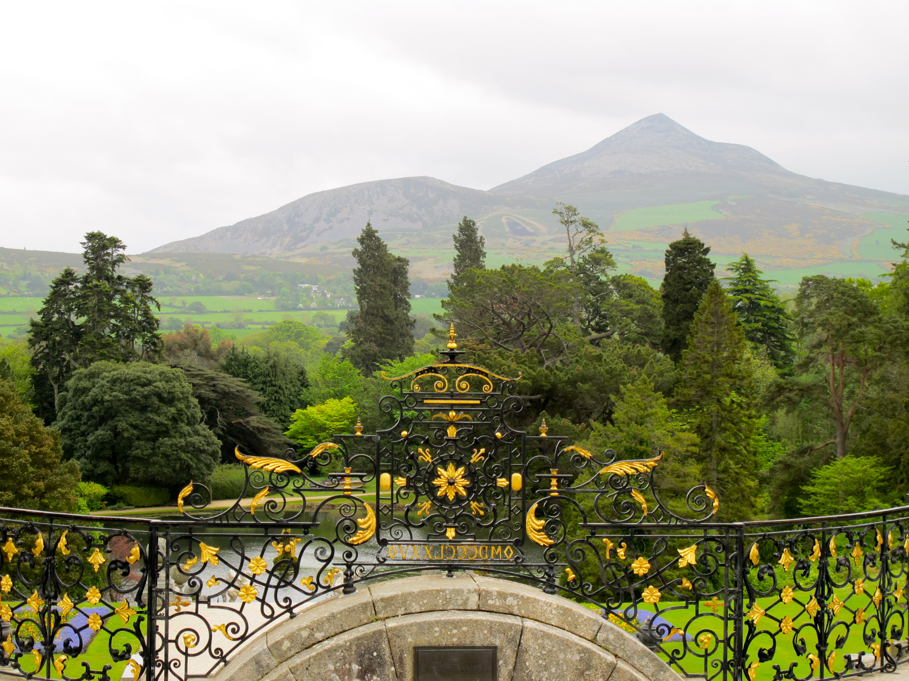 Powerscourt Estate And Gardens Irish Manor Houses Rhododendrons Revelation 21 3 7 Summer