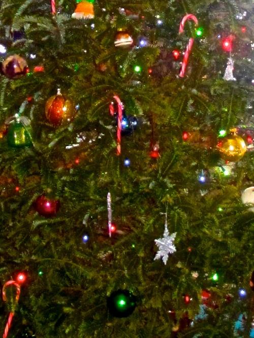 AA 27 Christmas 76. 04.06.13