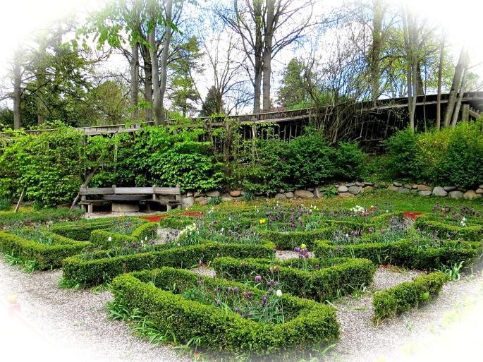 Aarhaus Garden 5.14.13 copy