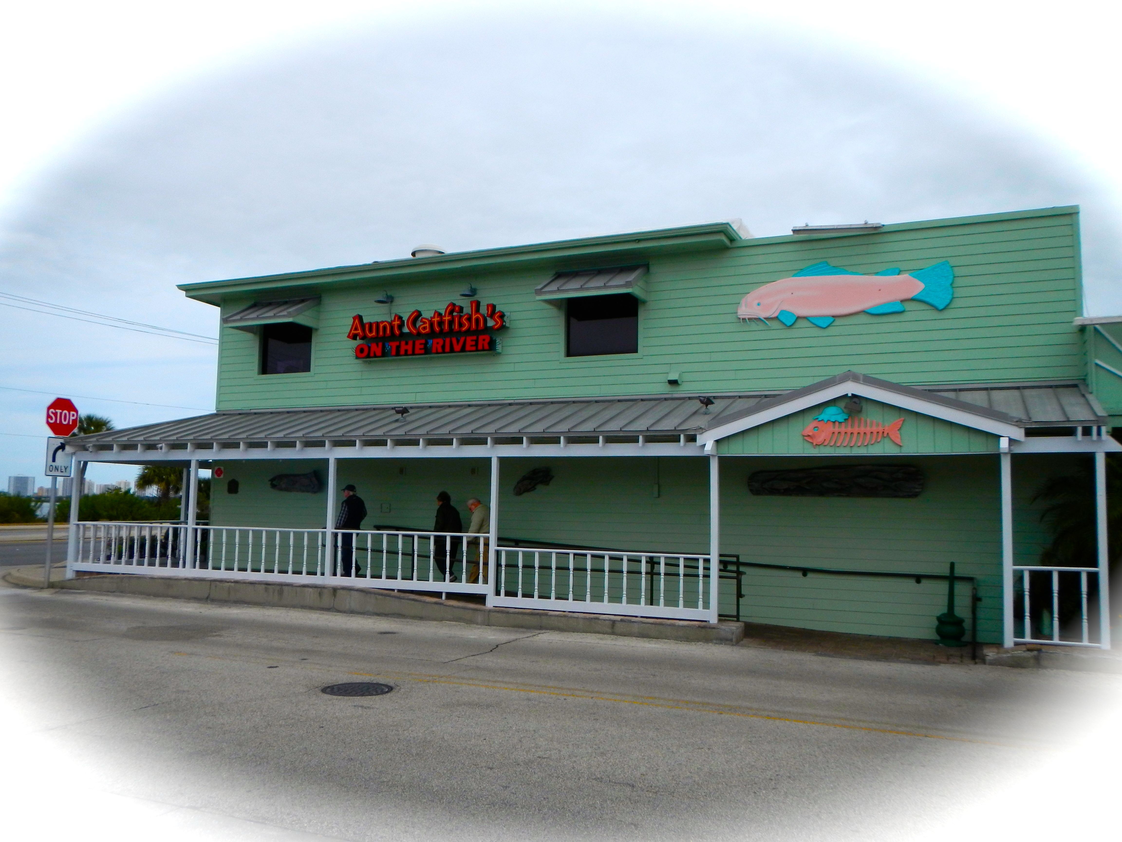 Spring break aunt catfish s on the river ponce inlet great florida vacation spots proverbs - Aunt catfish port orange fl ...