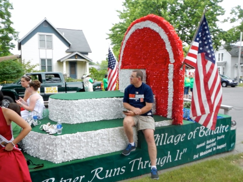 Bellaire Float
