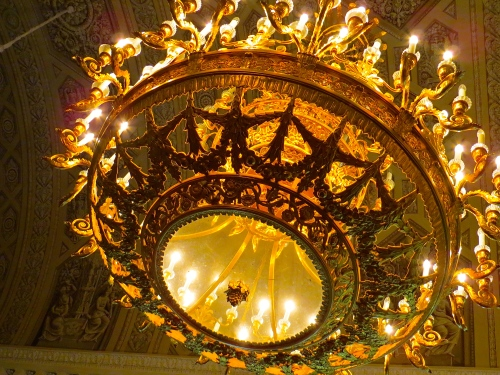 Hermitage Glowing Chandelier