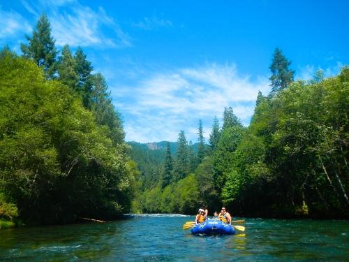 Majestic McKenzie River Rafting
