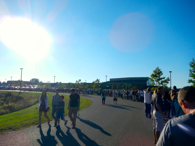 Crowds waiting at Res Life