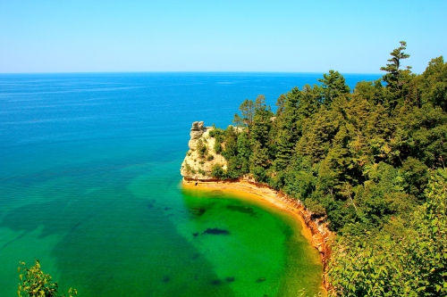 Pictures Rocks National Lakeshore near Munising