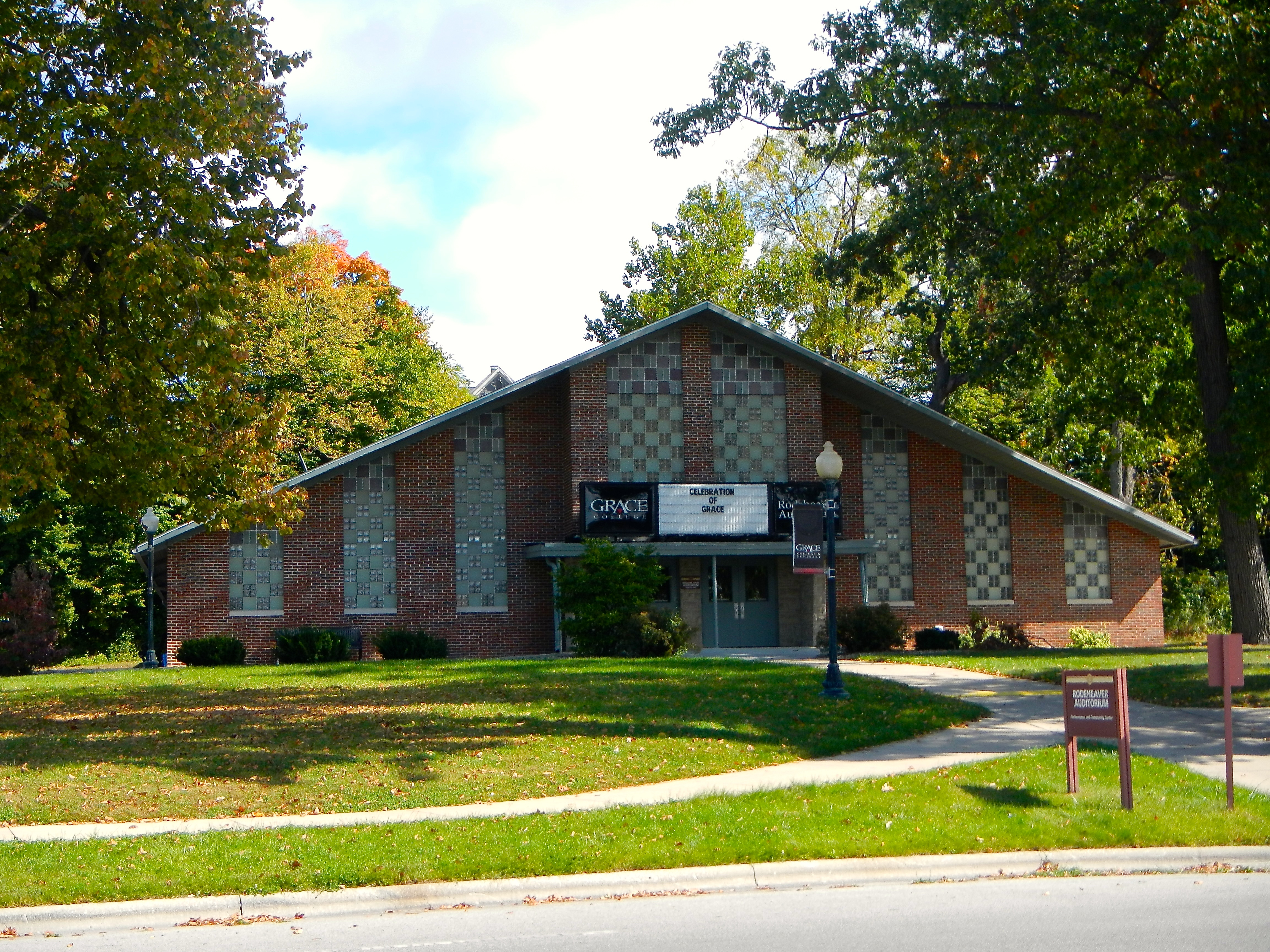 christian colleges in michigan There are plenty of top-level online colleges in michigan that can help you get the   cornerstone university is an independent evangelical christian college that.