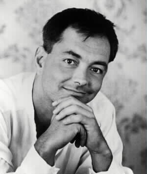 Rich_Mullins_black_and_white_short_hair
