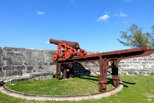 Cannon at Ft. Fincastle