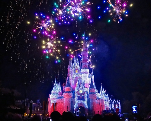 Grand finale fireworks at Disney Wishes