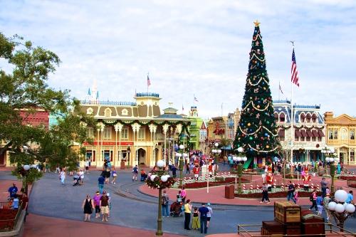 Main Street. Christmas Tree at Magic Kingdom