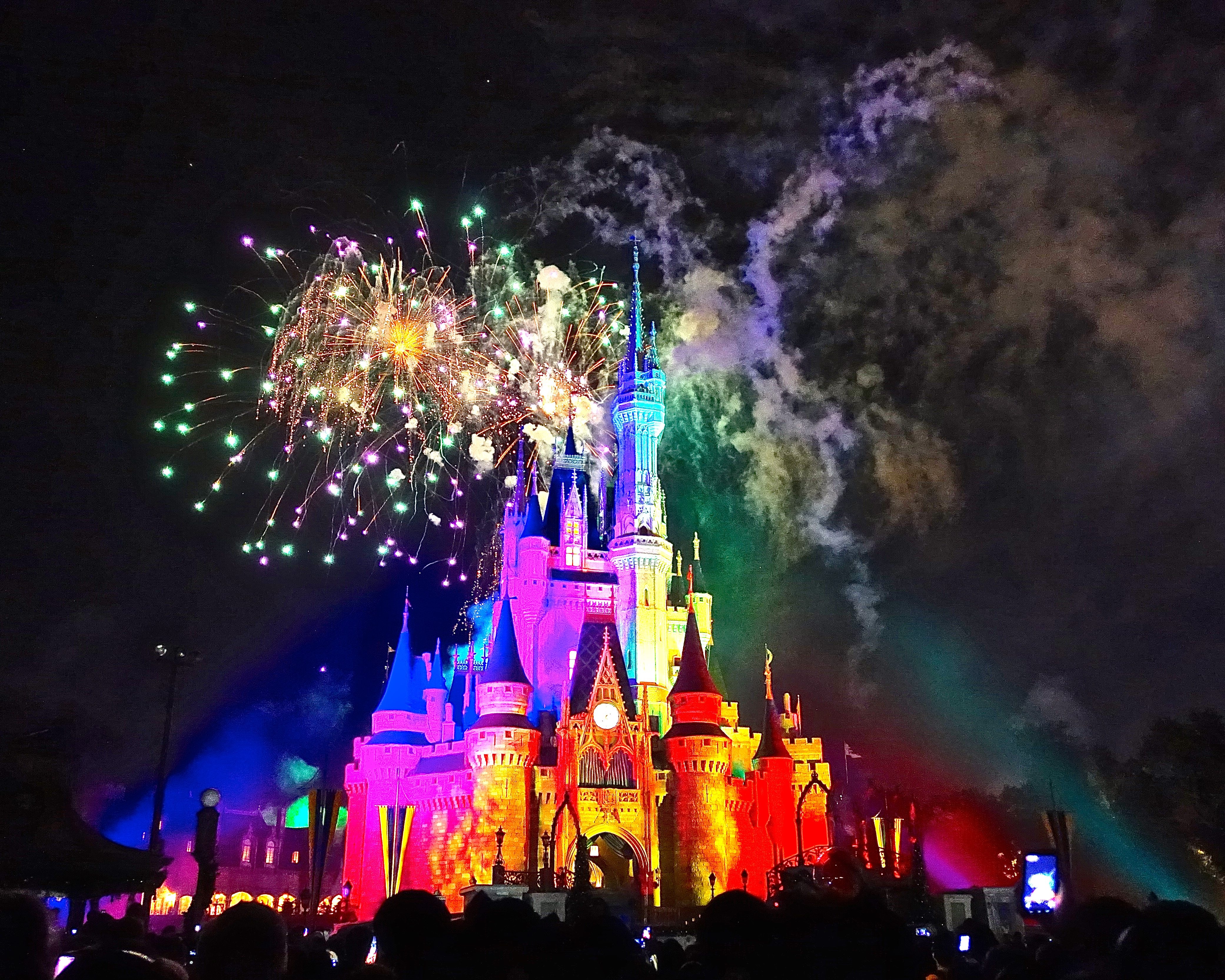 Potpourri of lights at Disney's Wishes Fireworks