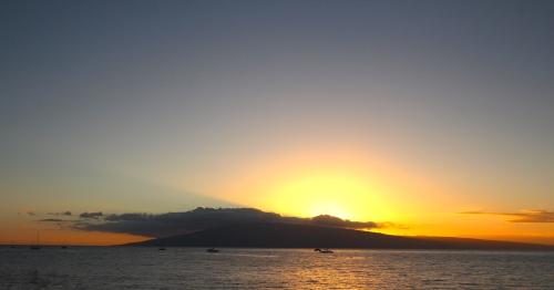 Lanai in setting Sun