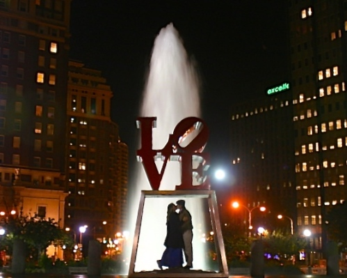 love-statue-with-alan