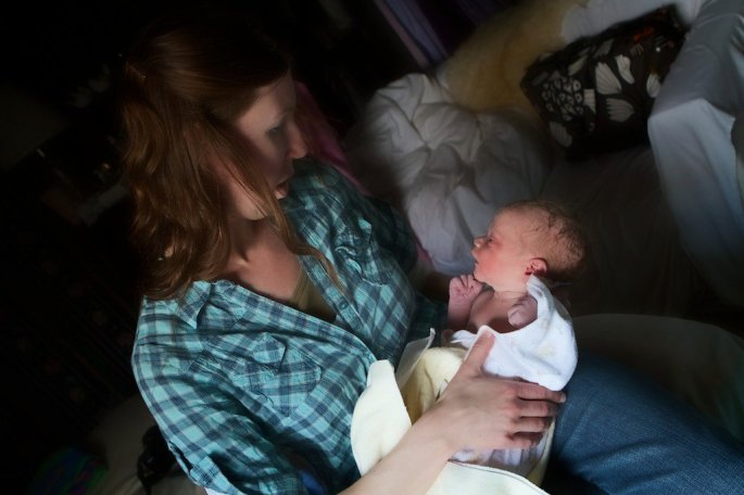 Newborn visiting with Auntie
