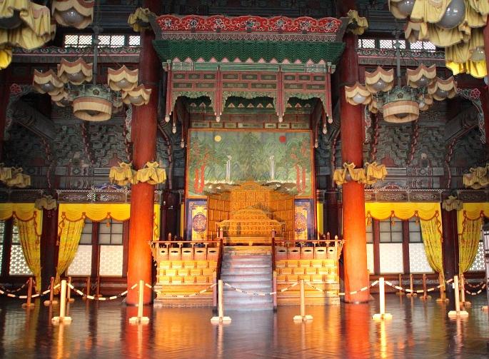 Secret Garden of Changdeokgung Palace 12