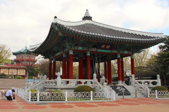 Shrine in Yongdusan Park