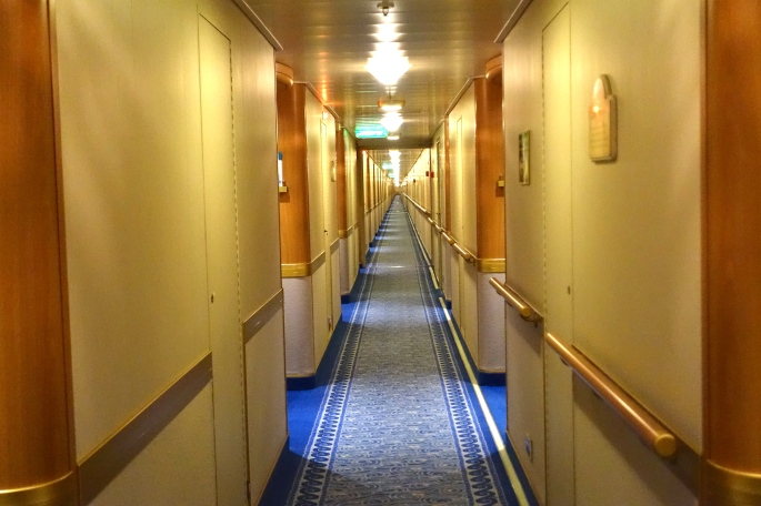 Sapphire Princess Long Corridors!