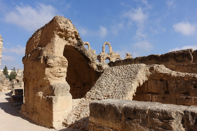 Amphitheater of Thysdrus at El Djem قصر الجمّ 14