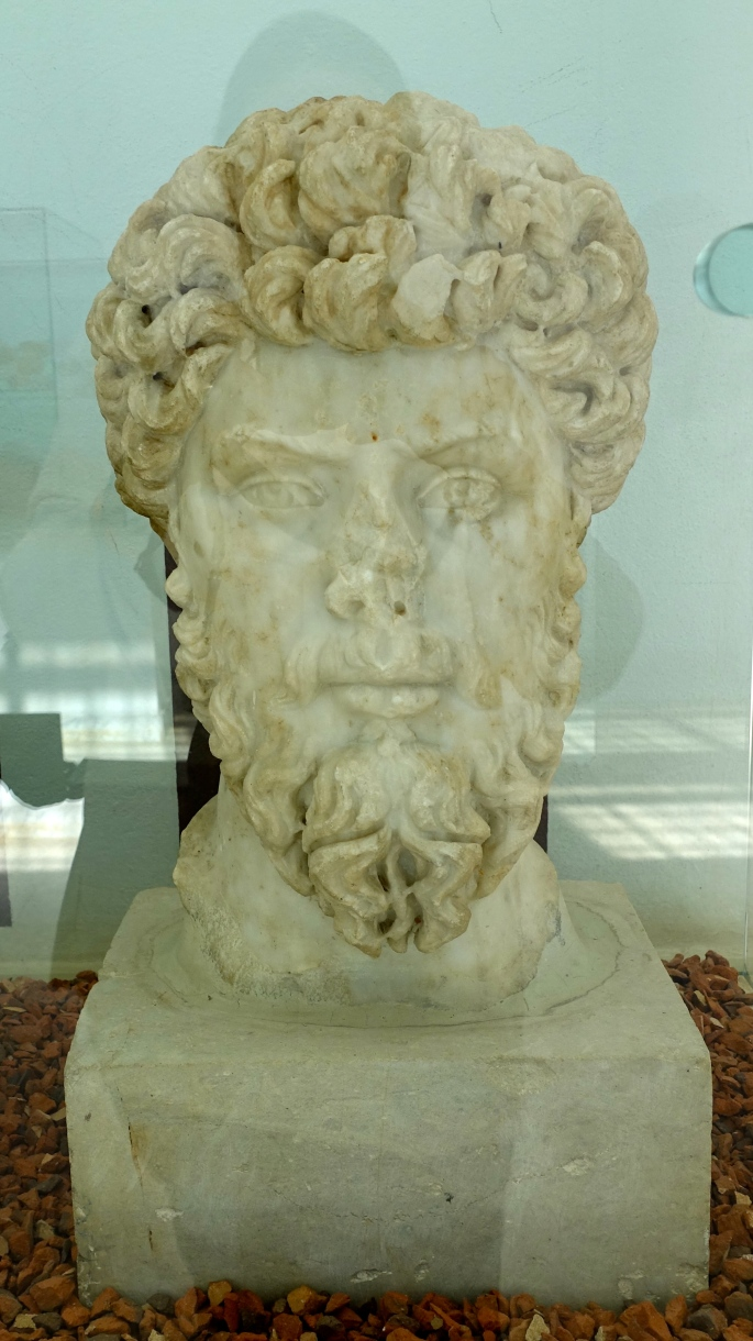 Statue in Museum of El Djem