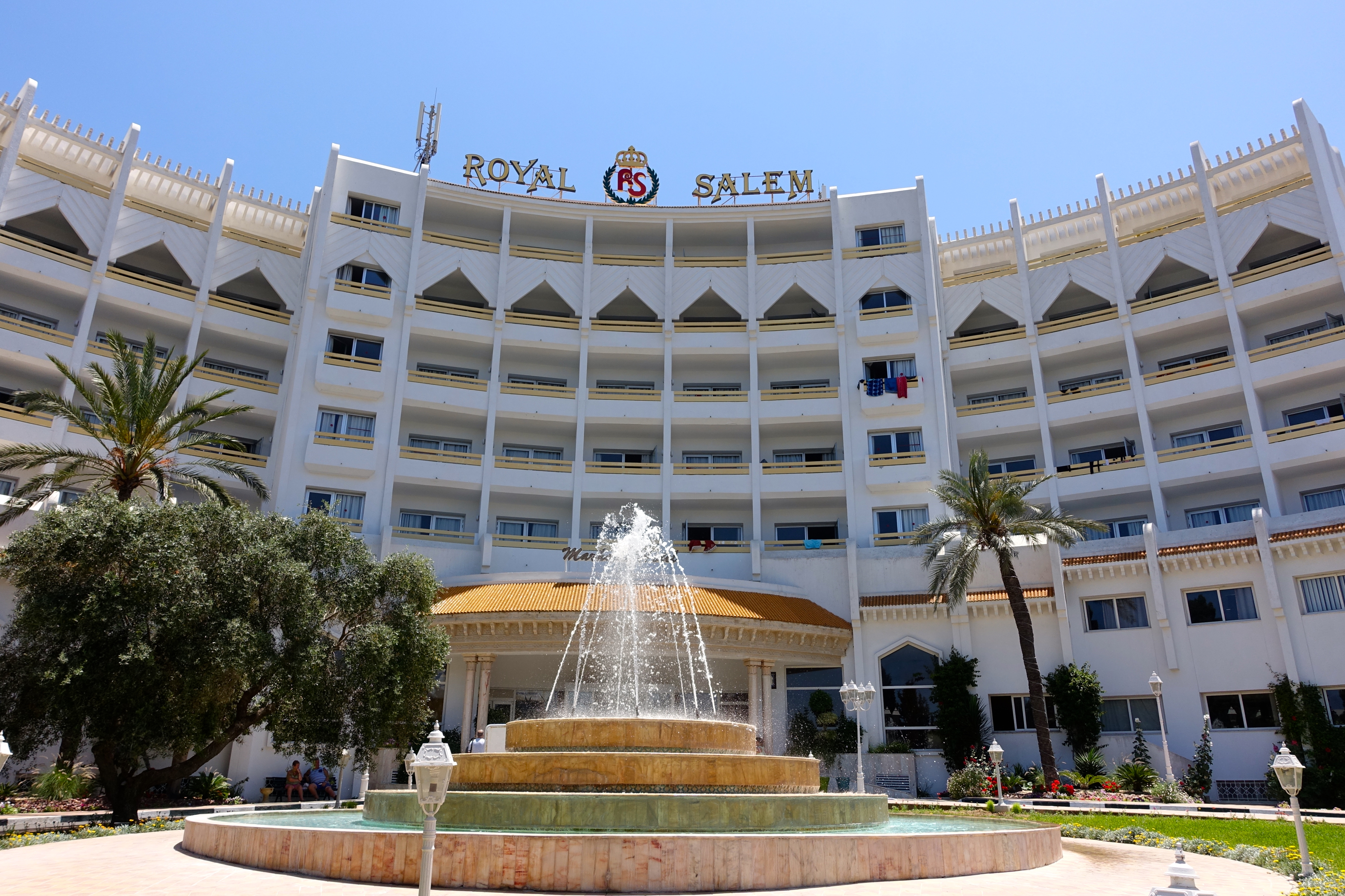 Tunisian coffees and desserts summer setting for Hotel royal