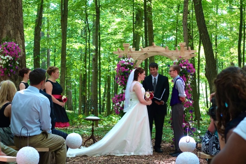 Wedding in the Woods. Exchanging Vows