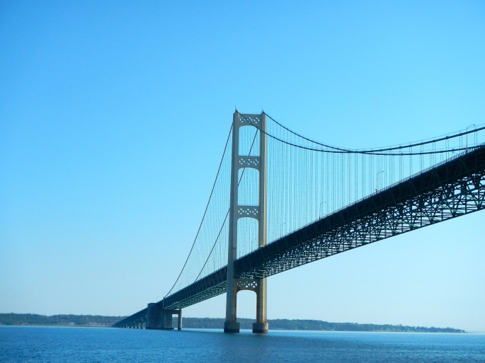 42,000 Miles of Wire used on Mackinac Bridge
