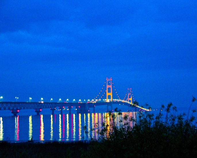 Night shot of Mackinac Bridge