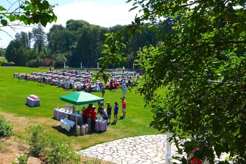 Picnic on the lawn at The Grand Hotel on Mackinac Island copy
