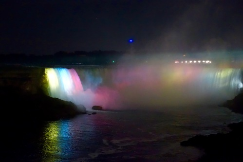 Horseshoe Falls with Lights