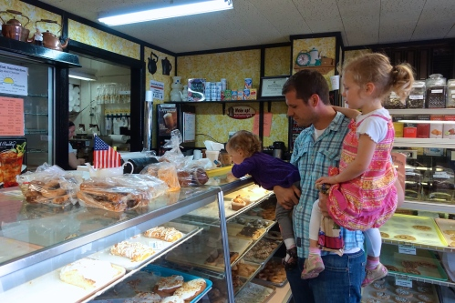 Mackinaw Bakery