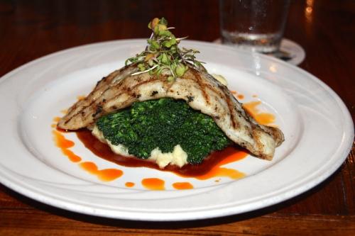 Uku with garlic mashed potatoes and broccoli copy