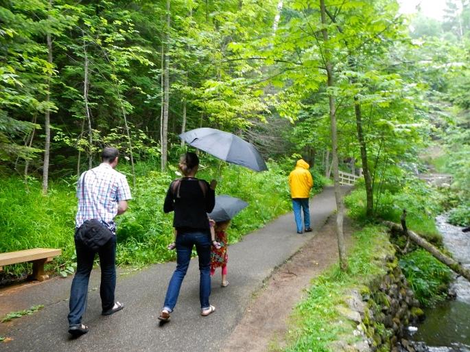 Rainy Day walk at Munising Falls
