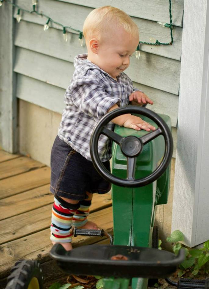 Standing up by riding toy