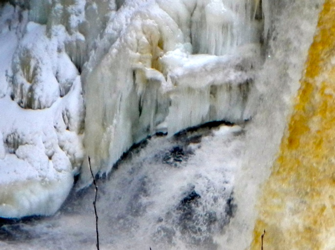 Tahquamenon Falls in Winter