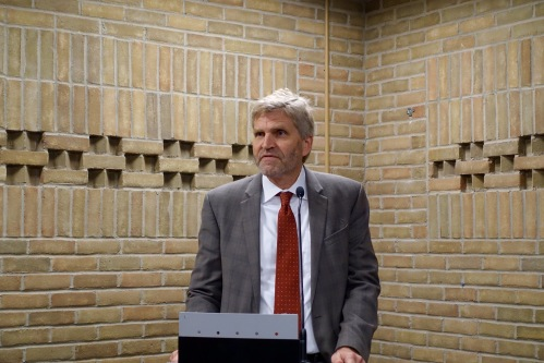 CEO speaking at Loeks Residency Center