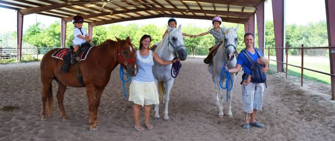 Learning to ride horses in San Antonio