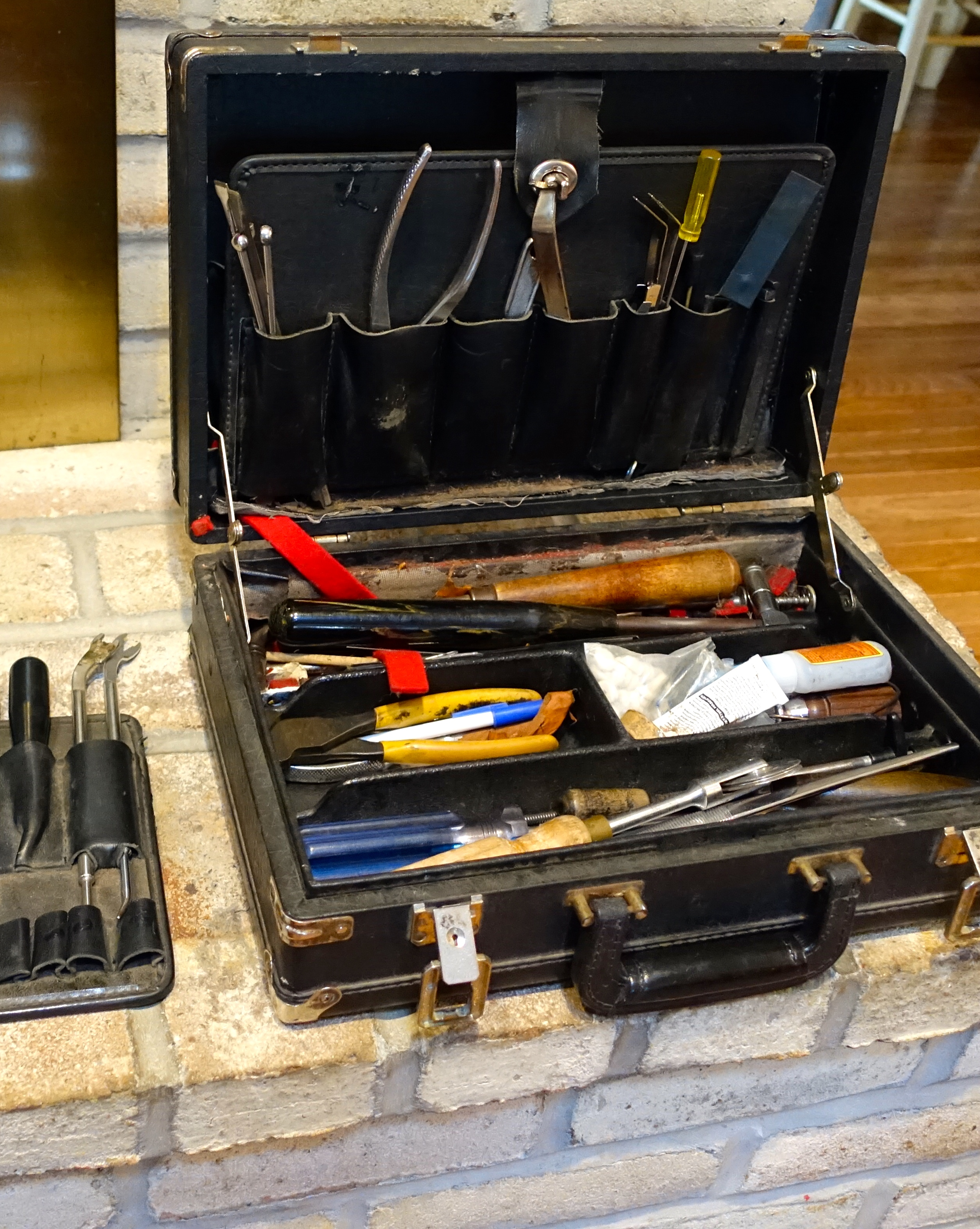 Piano tuner tools