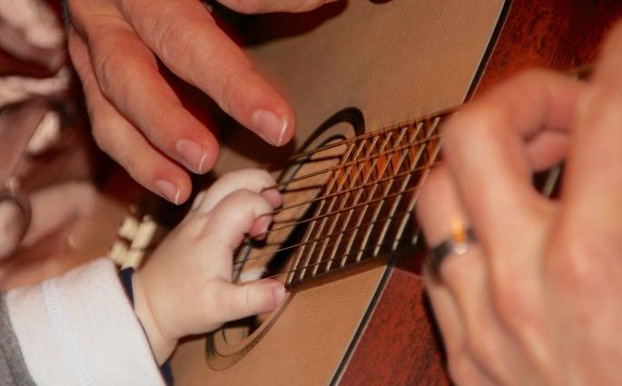 Guitar. Finger picking..12.12.15.