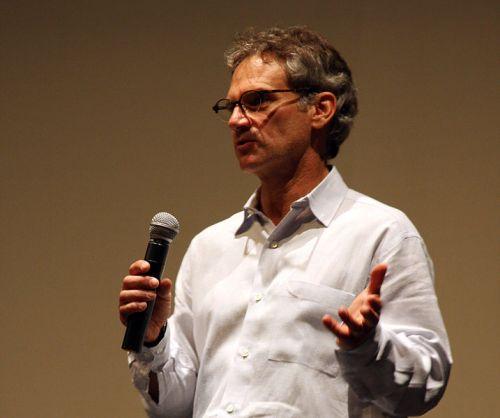 Jon_Krakauer_speaking_in_2009 by Devon Christopher Adams Wiki