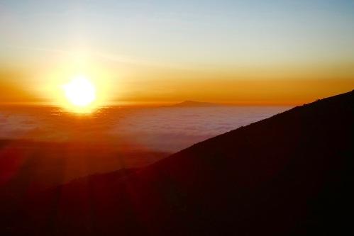 Sunset view of Mauna Loa from Mauna Kea