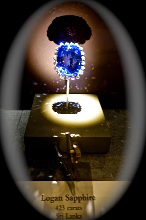 423 Carat Sapphire from Sri Lanka. Smithsonian. Washington D.C.