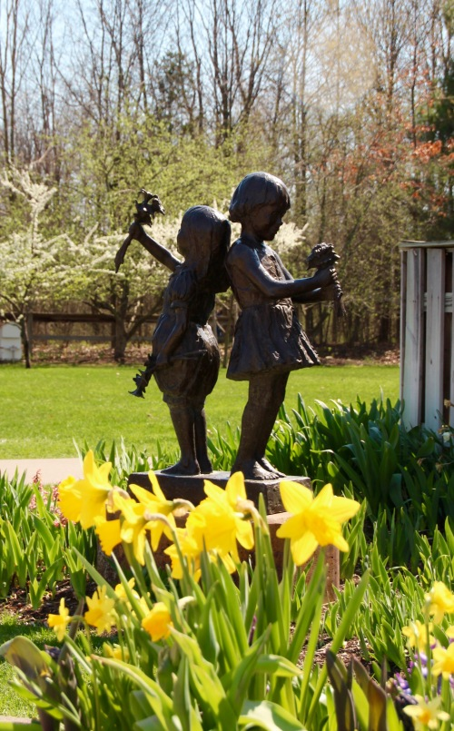 Daffodils and children at Meijer Garden