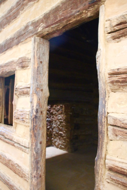 Log cabin. Abraham Lincoln Birthplace National Historical Park