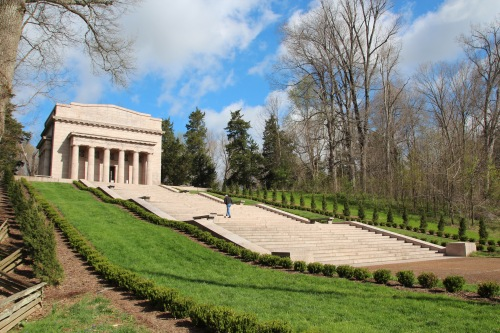 Memorial at Abraham Lincoln Birthplace National Historical Park