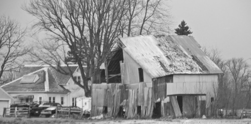 Rundown Barn in Indiana hills