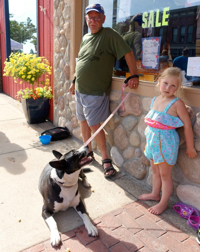 Young, old, and dogs waiting at Ludington's World's Largest Sundae Attempt