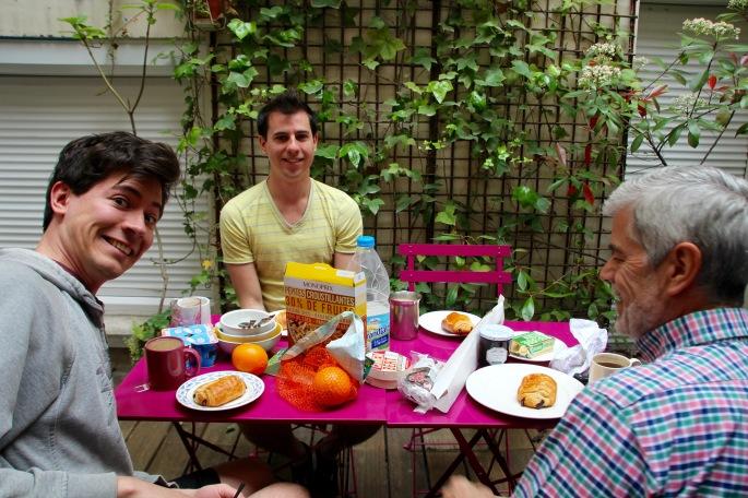 breakfast-at-terressa-flat-paris