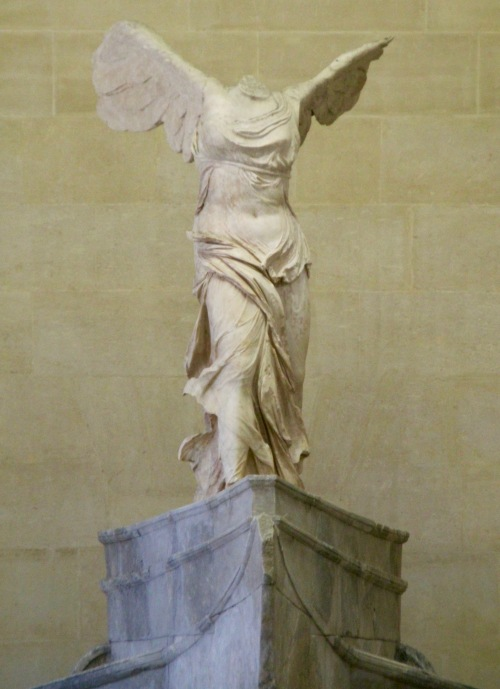 nike-of-samothrace-winged-victory-louvre